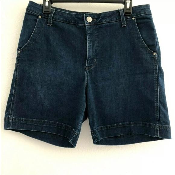 Lee Pants - Lee Platinum sz 14 petite shorts stretch denim